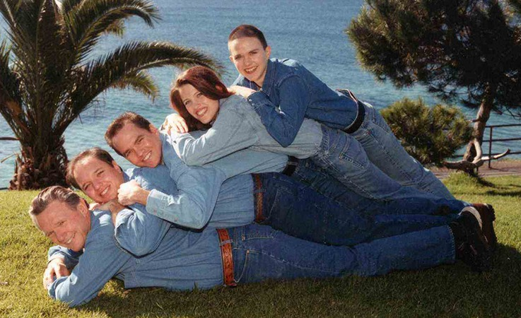 21 Family Photos That Went Hilariously Wrong